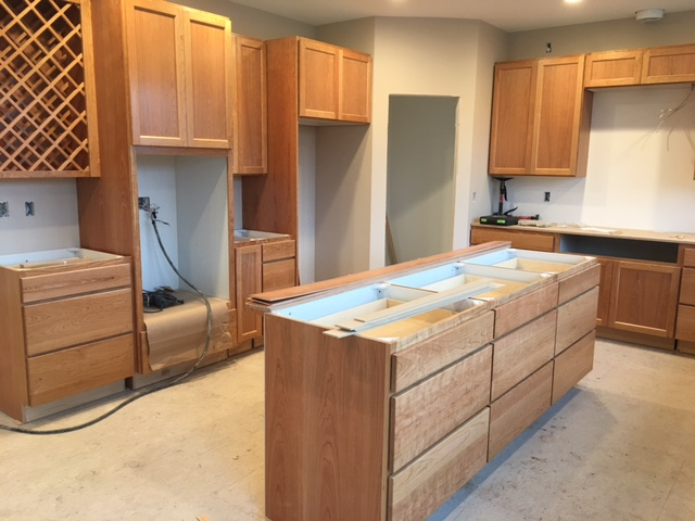 kitchen island & pantry
